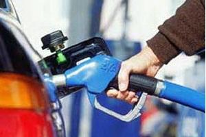 تصمیمی درباره بنزین نوروزی گرفته نشد