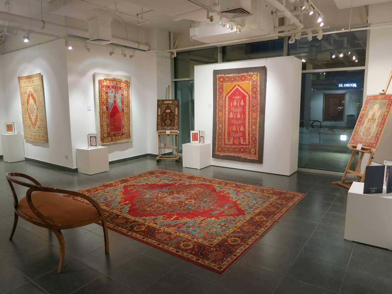 گالری فرش های نفیس ایرانی خانم Ayda Merza در کشور عربی کویت